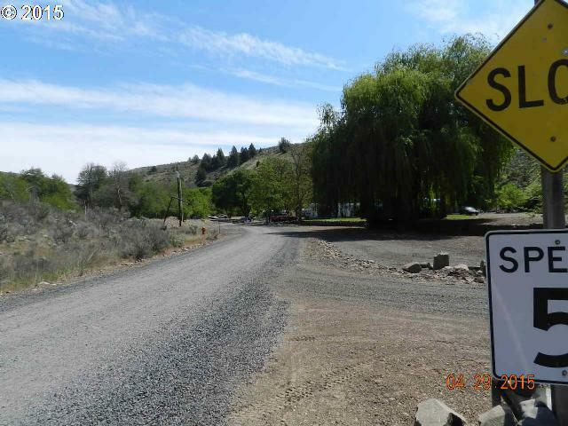 101 Bakeoven Rd, Maupin, OR - USA (photo 2)
