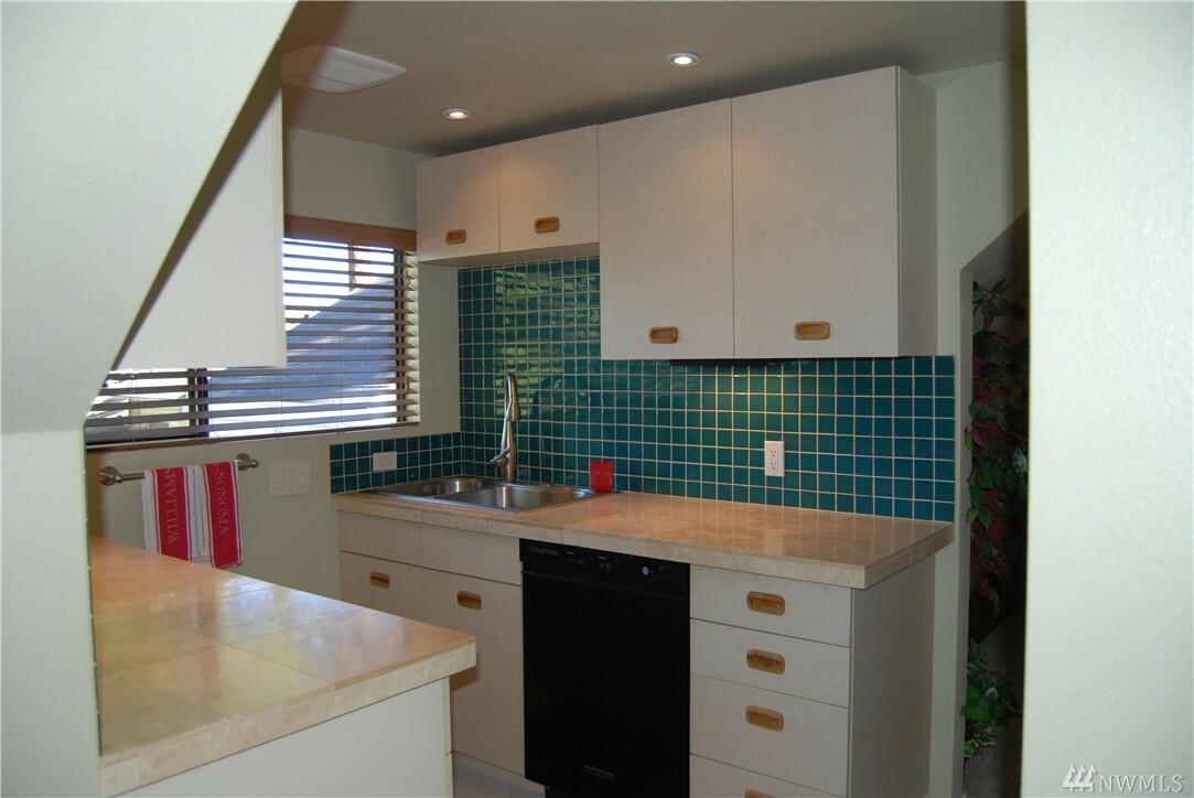 5001 238th Place Sw, Mountlake Terrace, WA - USA (photo 4)