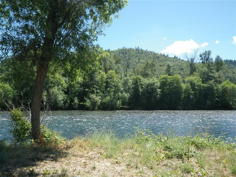 339 Rene Drive, Shady Cove, OR - USA (photo 4)