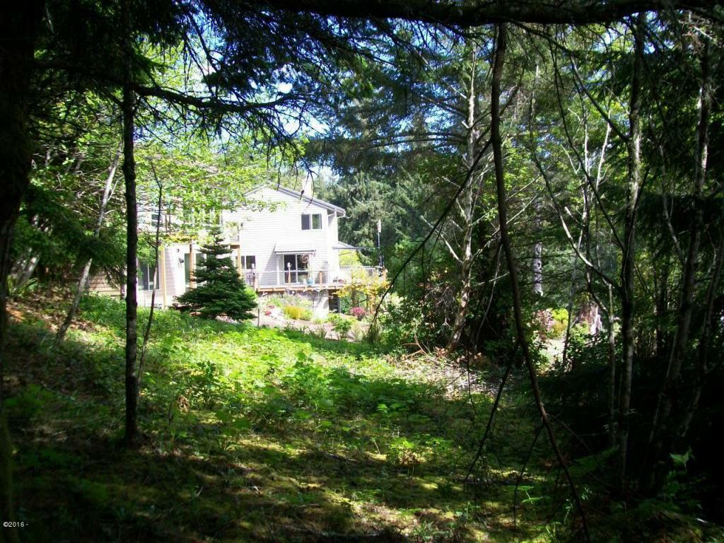 759 Nw Highland Dr, Waldport, OR - USA (photo 5)