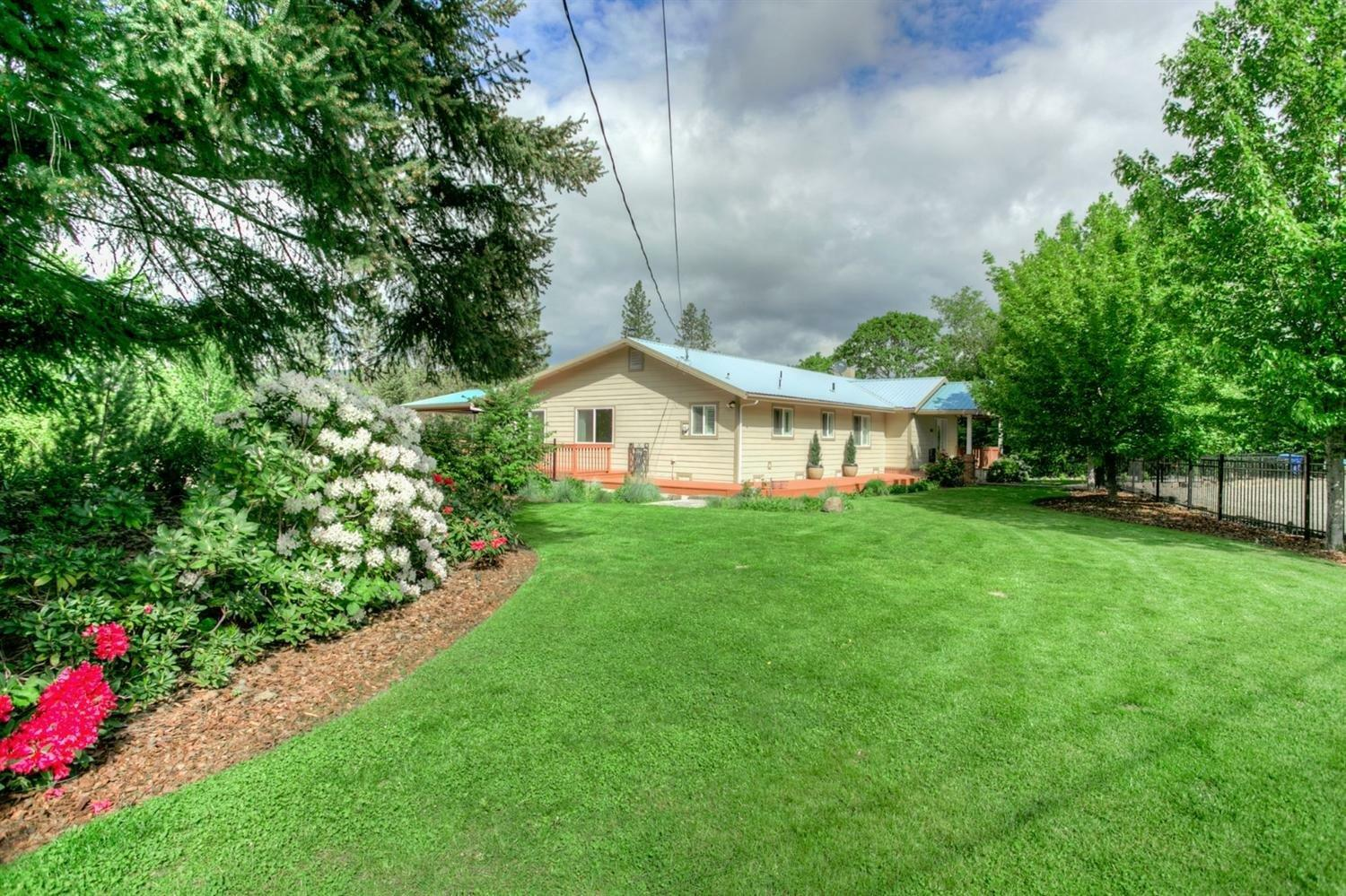 1065 Old Ferry Road, Shady Cove, OR - USA (photo 3)