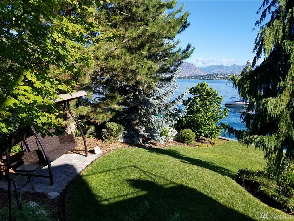 2902 S Lakeshore Rd, Chelan, WA - USA (photo 4)