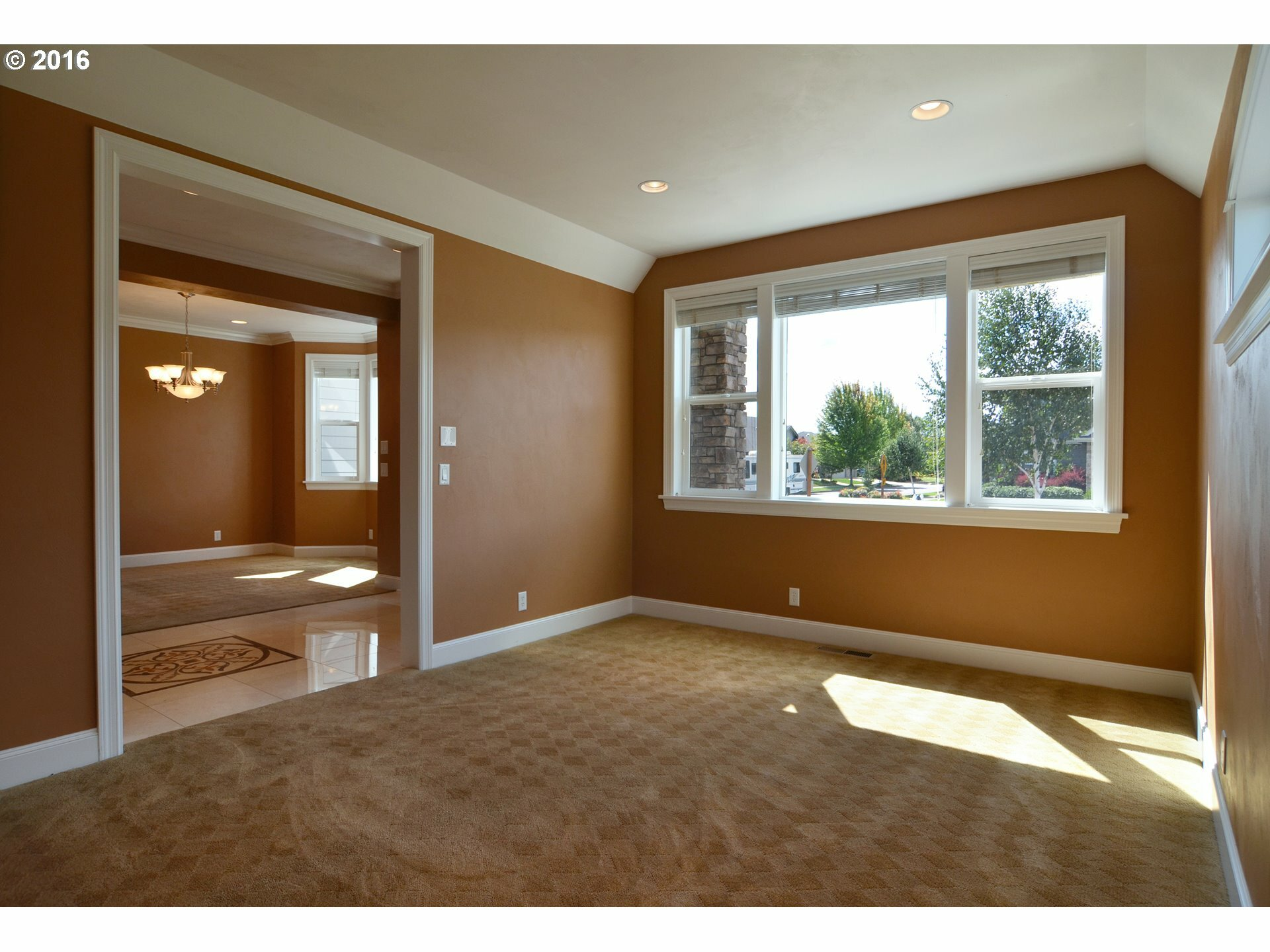 2625 Valley Forge Dr, Eugene, OR - USA (photo 4)