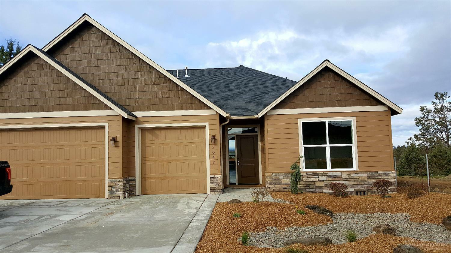 3047 Northwest Canyon Drive, Redmond, OR - USA (photo 1)