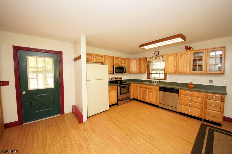 2 Snydertown Rd, Hopewell, NJ - USA (photo 5)