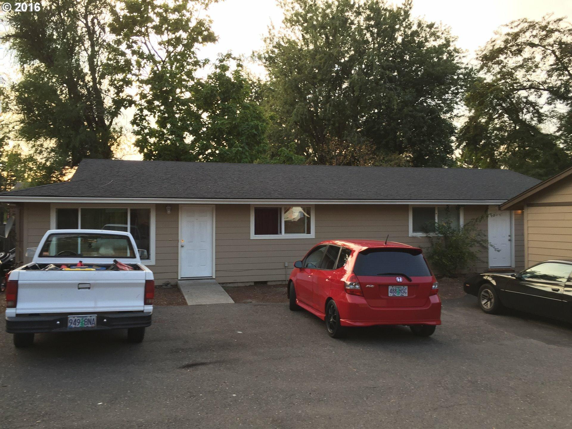 151 Se Hogan Rd, Gresham, OR - USA (photo 1)