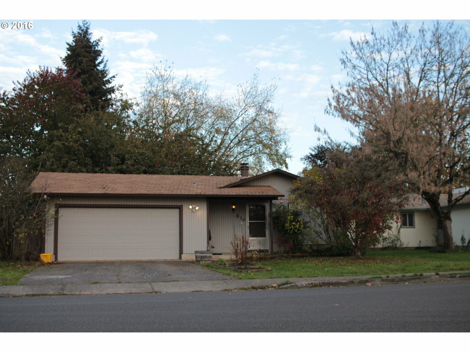 810 Birch St, Junction City, OR - USA (photo 1)