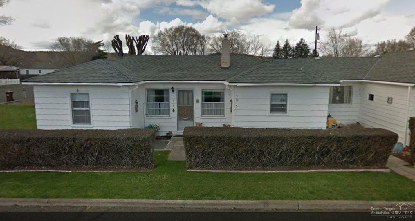 395 Southeast Elm Street, Prineville, OR - USA (photo 1)