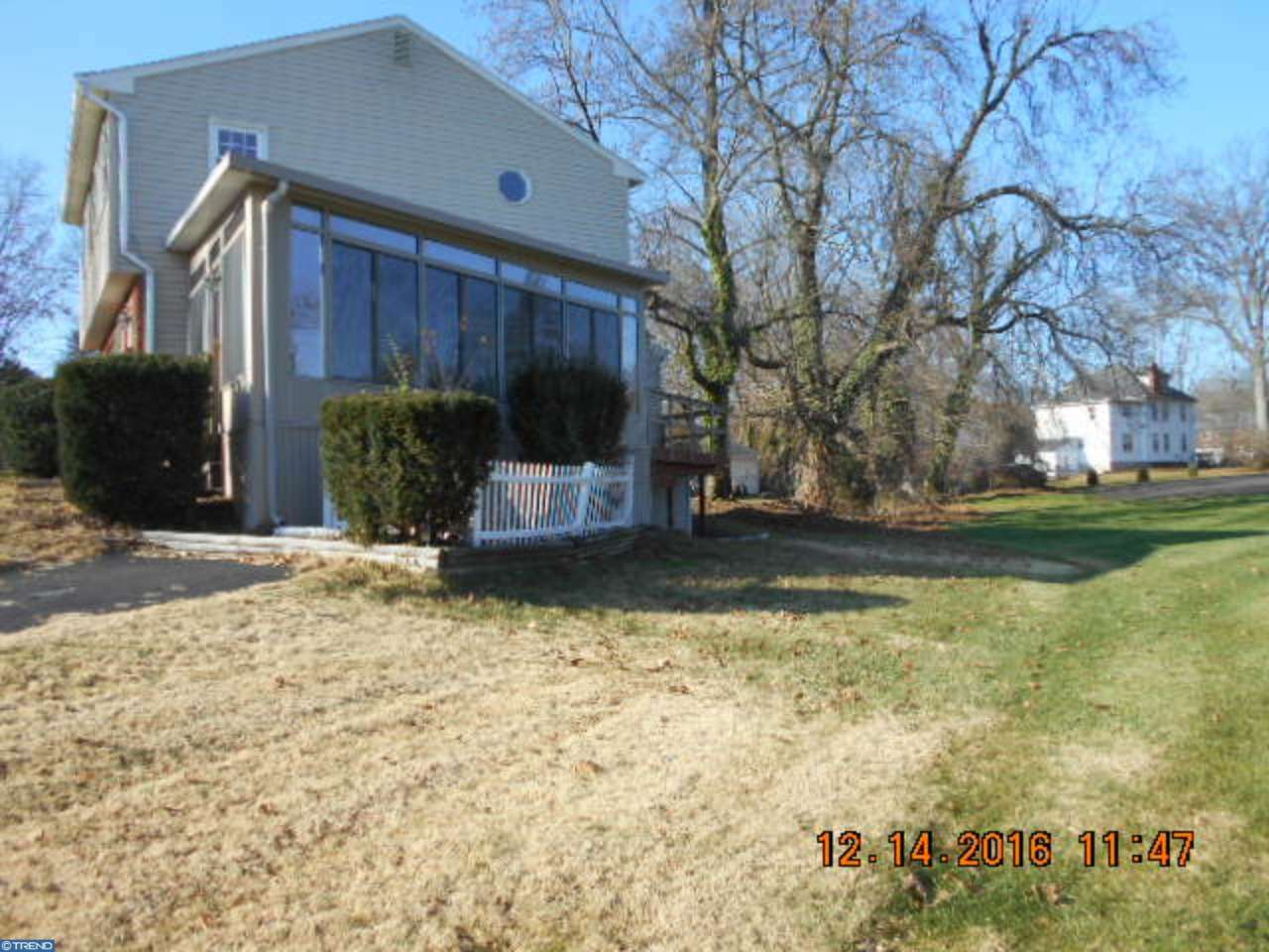 82 W Maple Ave, Morrisville, PA - USA (photo 4)