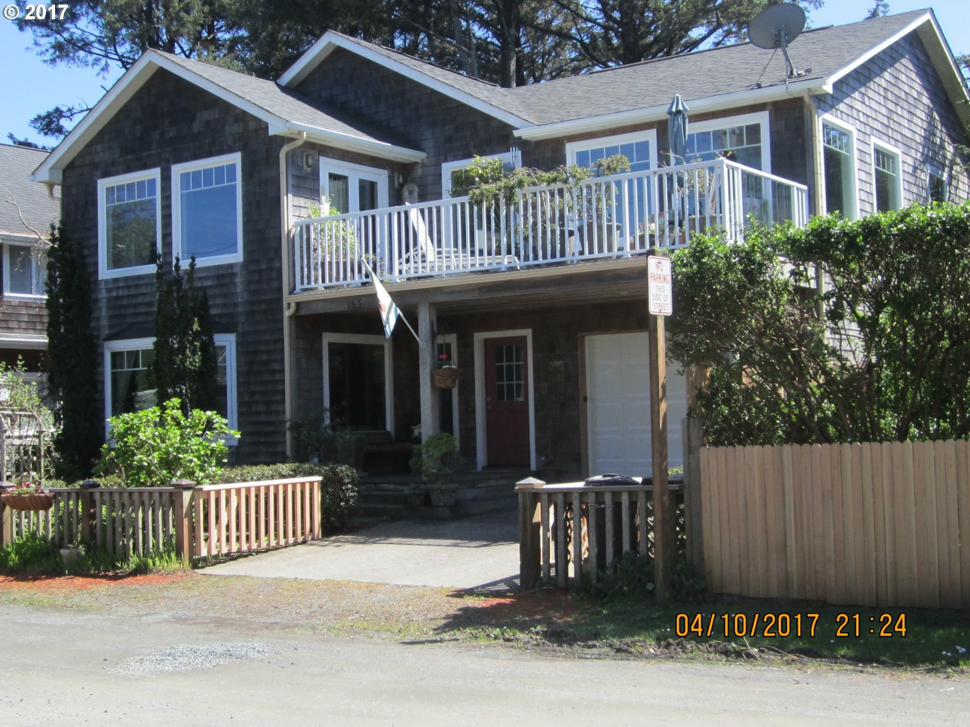 163 W Washington St, Cannon Beach, OR - USA (photo 1)