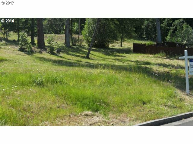 1135 Holly Ave, Cottage Grove, OR - USA (photo 2)