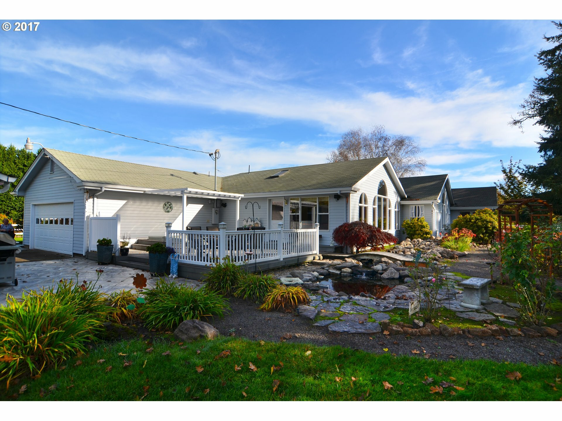 30536 Beacon Dr, Junction City, OR - USA (photo 2)