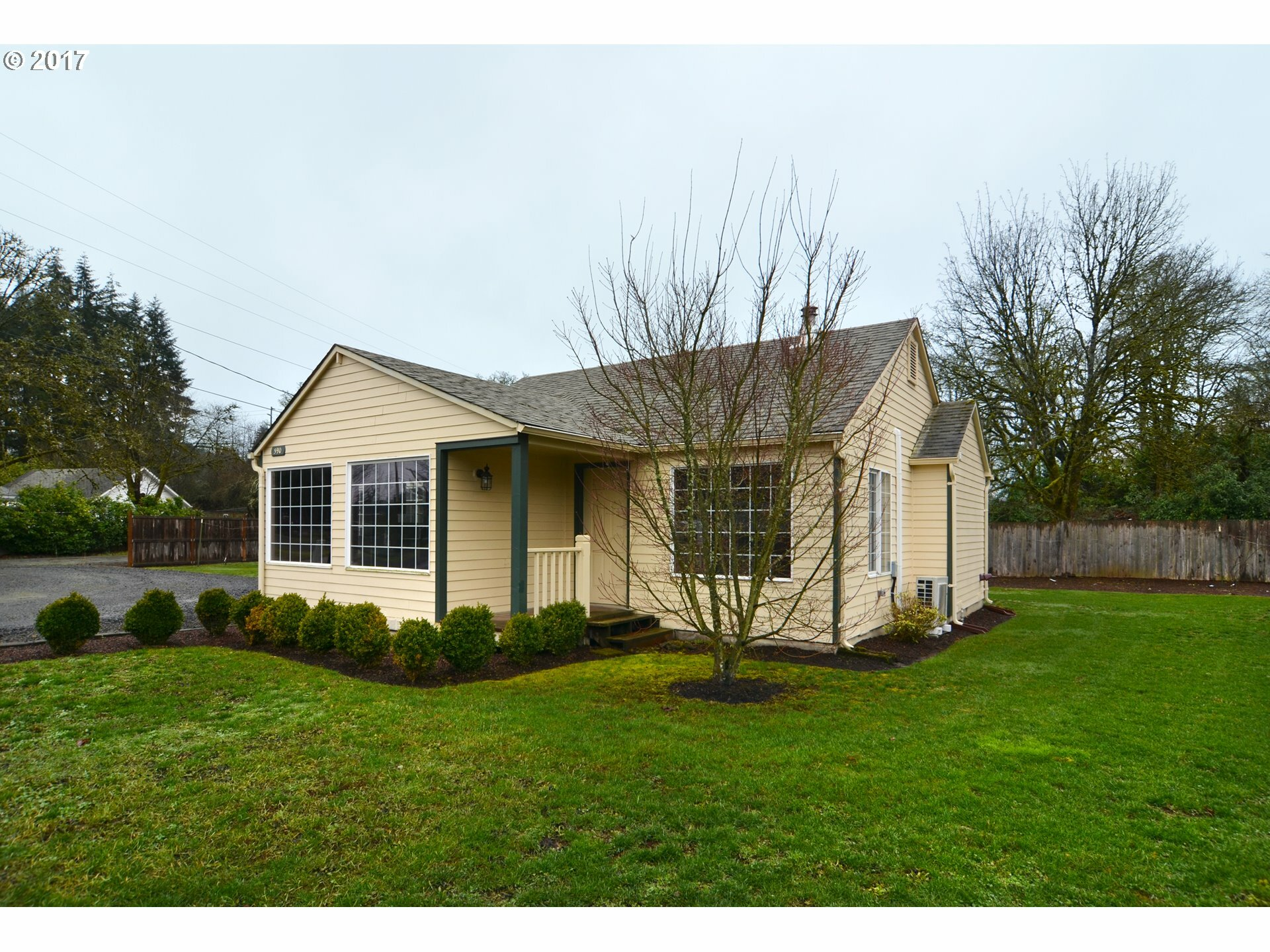 590 S 46th St, Springfield, OR - USA (photo 1)