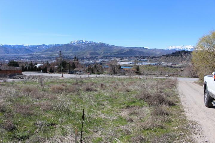 Nna Ne Blue Rock Dr, East Wenatchee, WA - USA (photo 3)