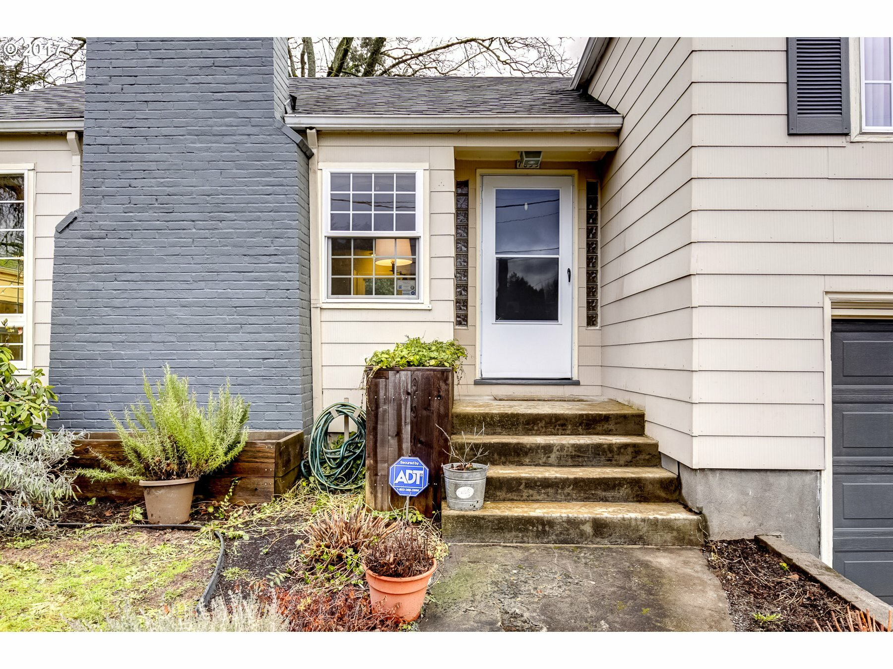 7655 Se Lincoln St, Portland, OR - USA (photo 4)