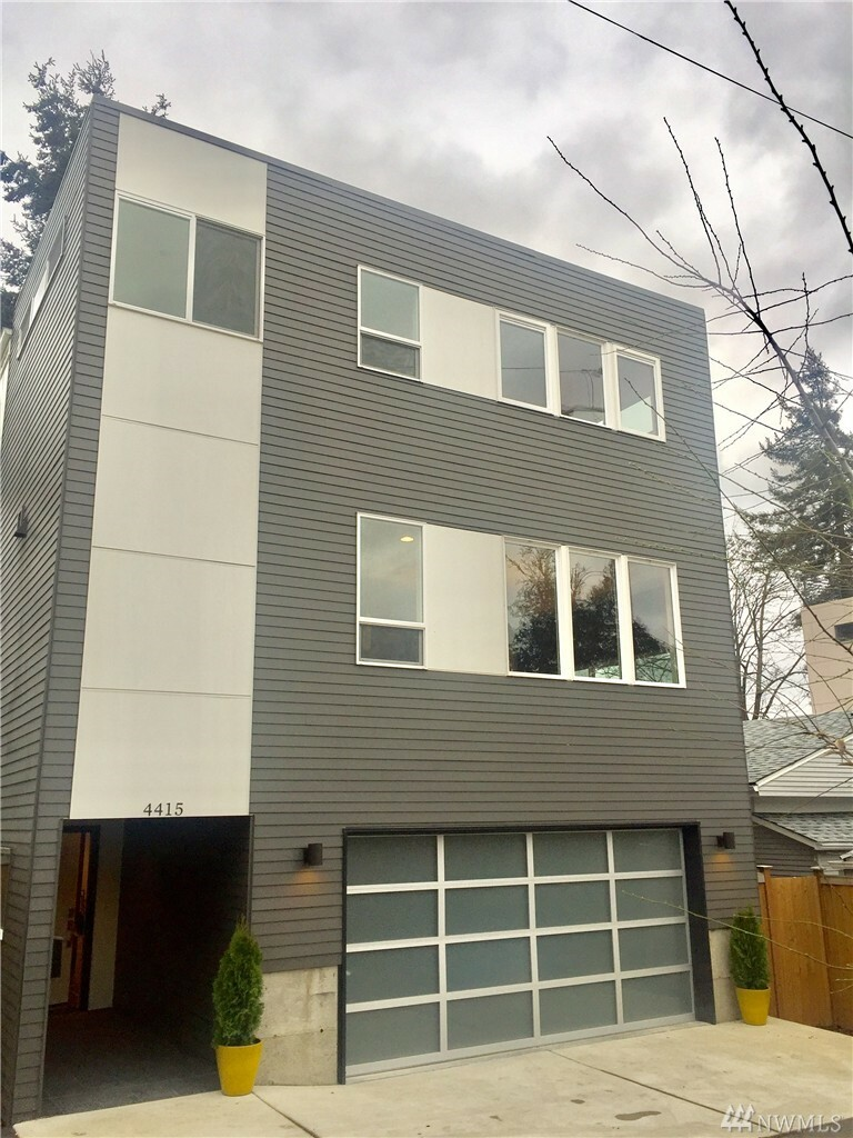4415 34th Ave S, Seattle, WA - USA (photo 1)