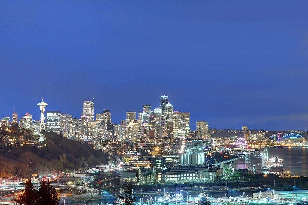 2621 W Boston St, Seattle, WA - USA (photo 3)
