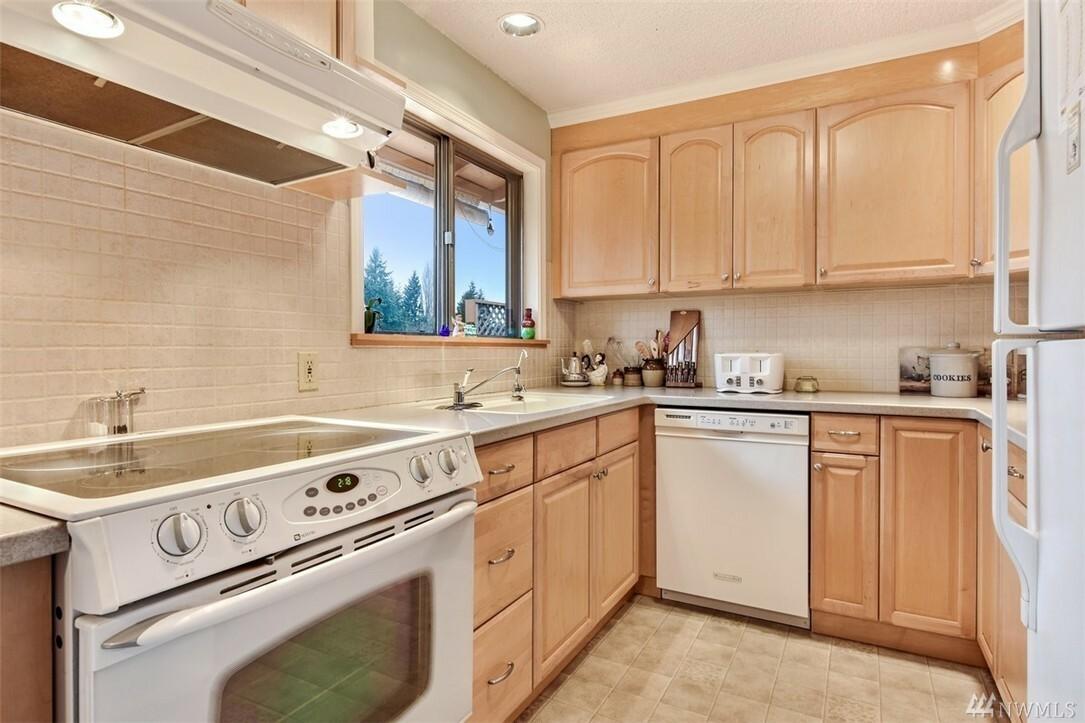 22604 38th Ave W, Mountlake Terrace, WA - USA (photo 5)