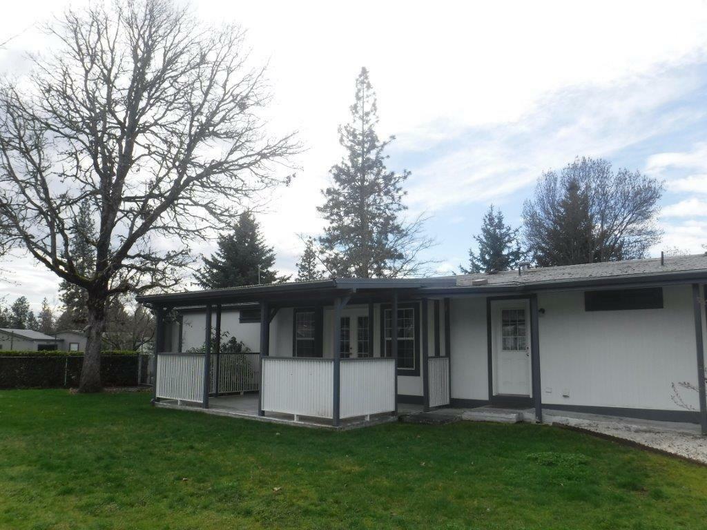 306 Whitetail Lane, Shady Cove, OR - USA (photo 3)