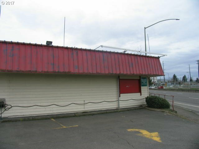 5145 Se Mcloughlin Blvd, Portland, OR - USA (photo 4)