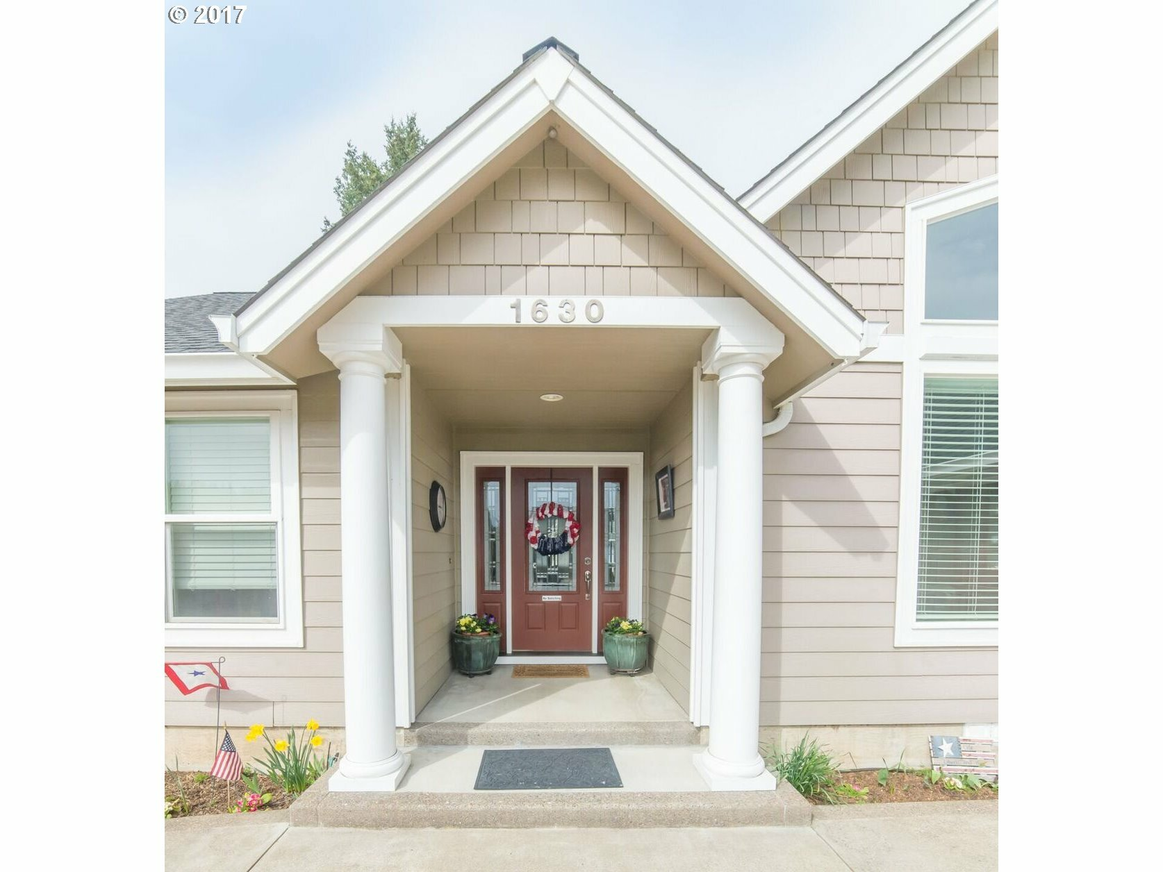 1630 Fairview Pl, Cottage Grove, OR - USA (photo 2)