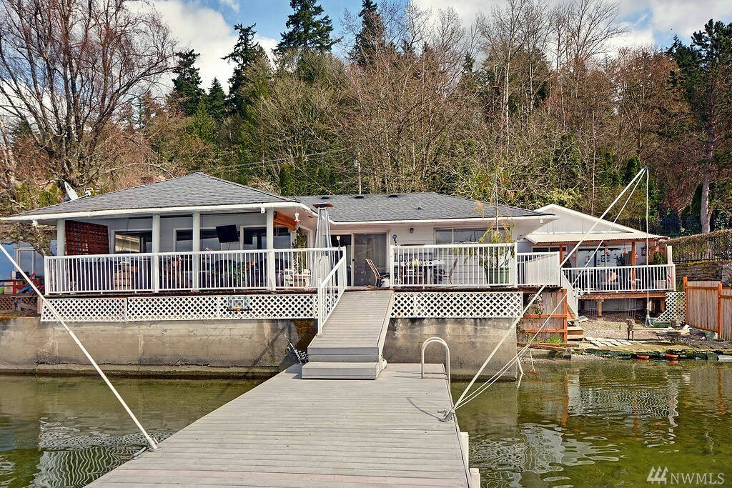 821 E Lake Sammamish Pkwy Ne, Sammamish, WA - USA (photo 1)