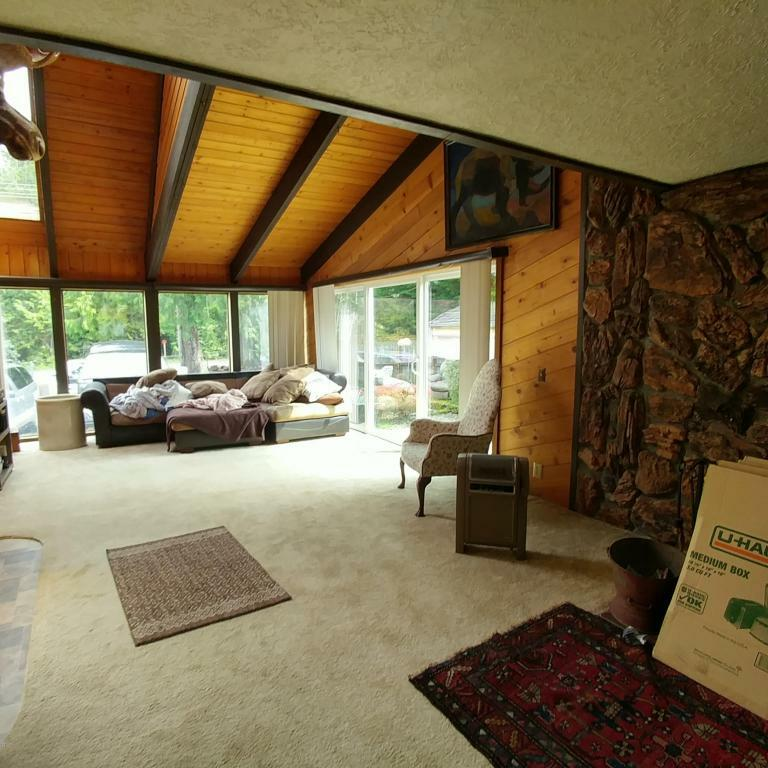2240 S Crestline Dr, Waldport, OR - USA (photo 4)