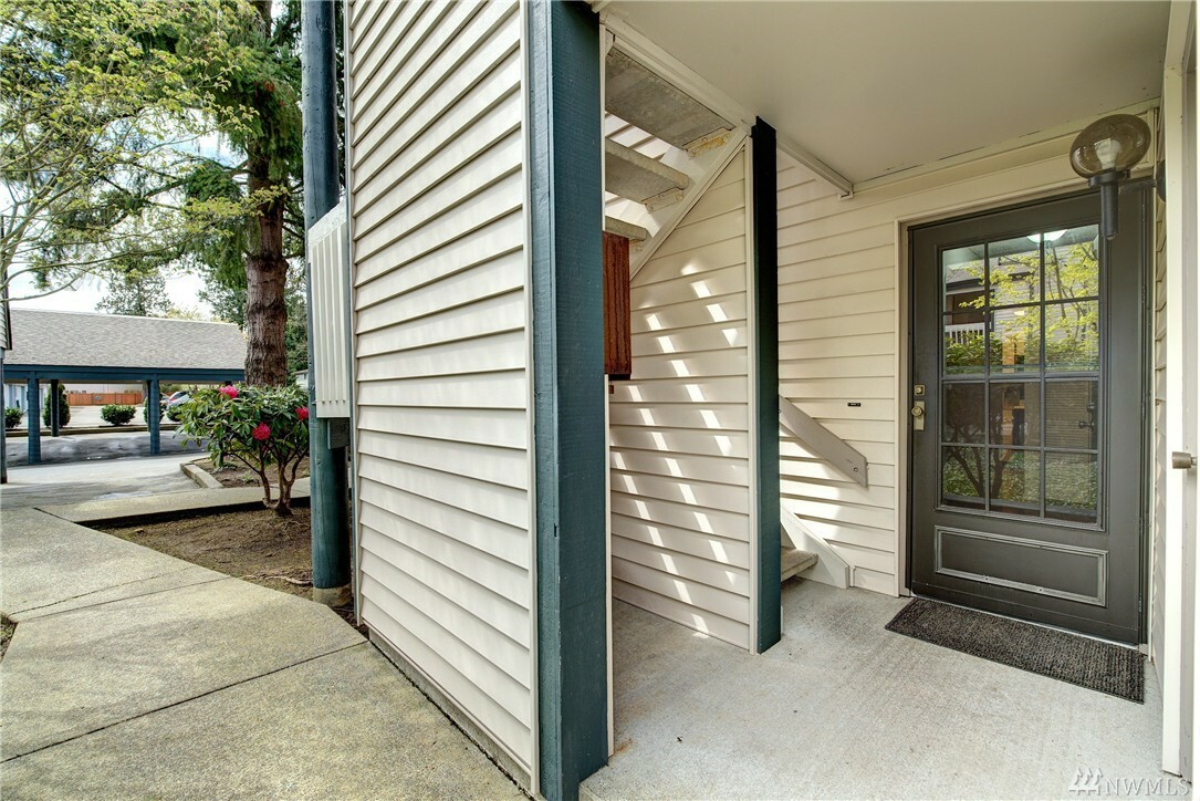 4505 216th St Sw B, Mountlake Terrace, WA - USA (photo 2)