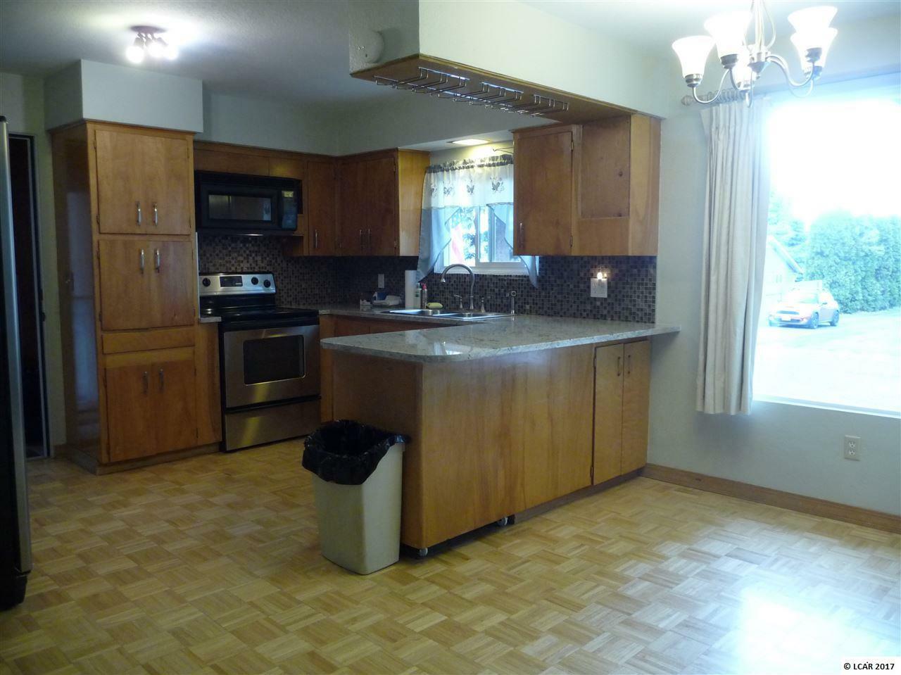 524 Burrell Ave, Lewiston, ID - USA (photo 4)