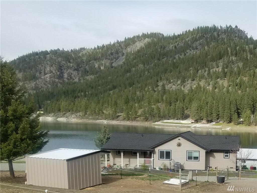 438 B Wannacut Lake Road, Oroville, WA - USA (photo 1)
