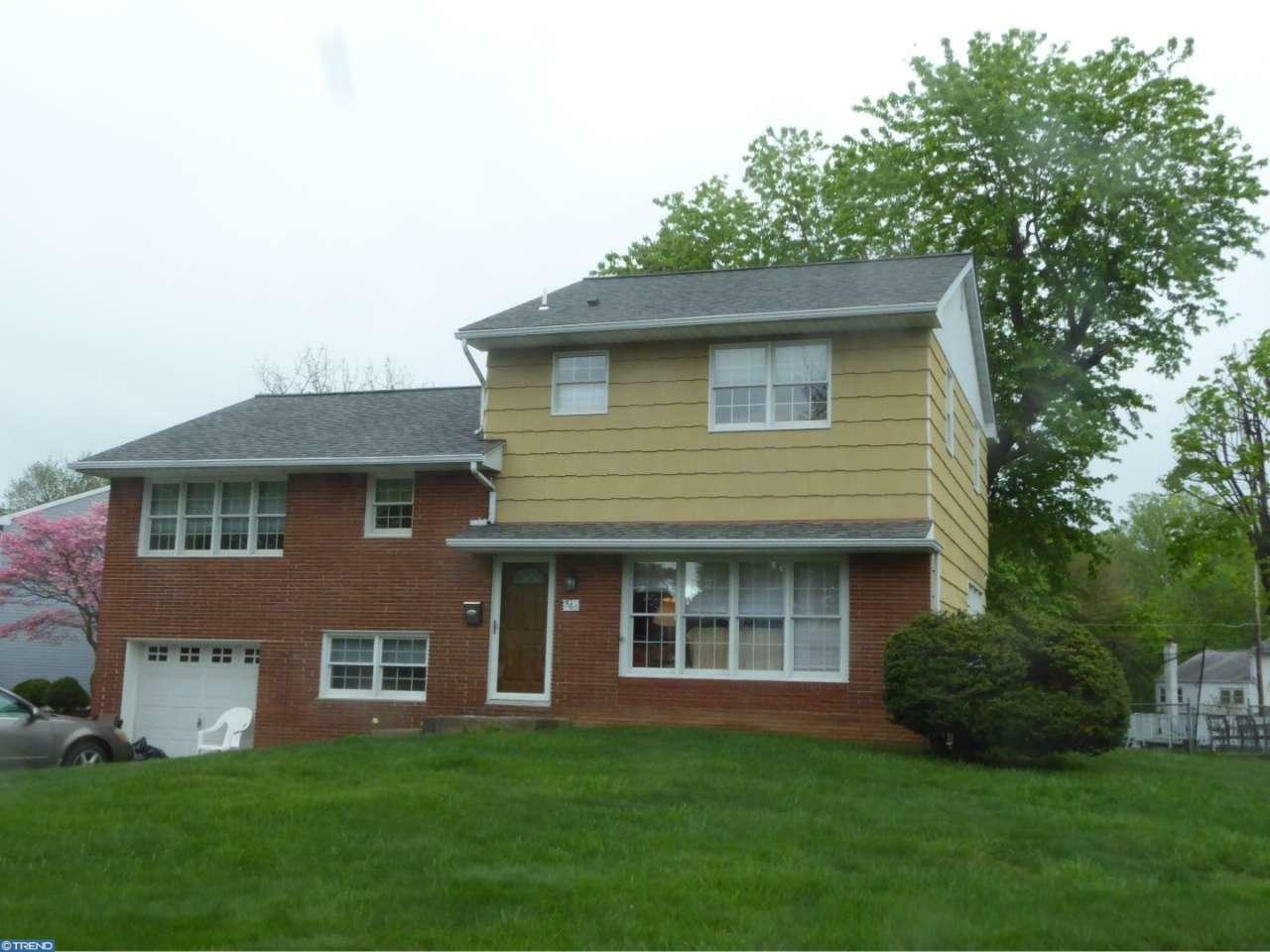 561 Clarissa Ln, Penndel, PA - USA (photo 2)
