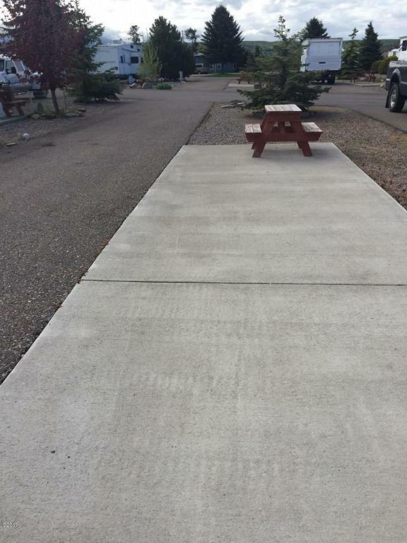 9 Regatta Road Space 4, Polson, MT - USA (photo 1)