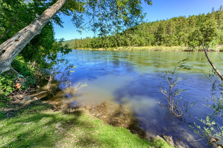4941 Riverbanks Road, Grants Pass, OR - USA (photo 4)