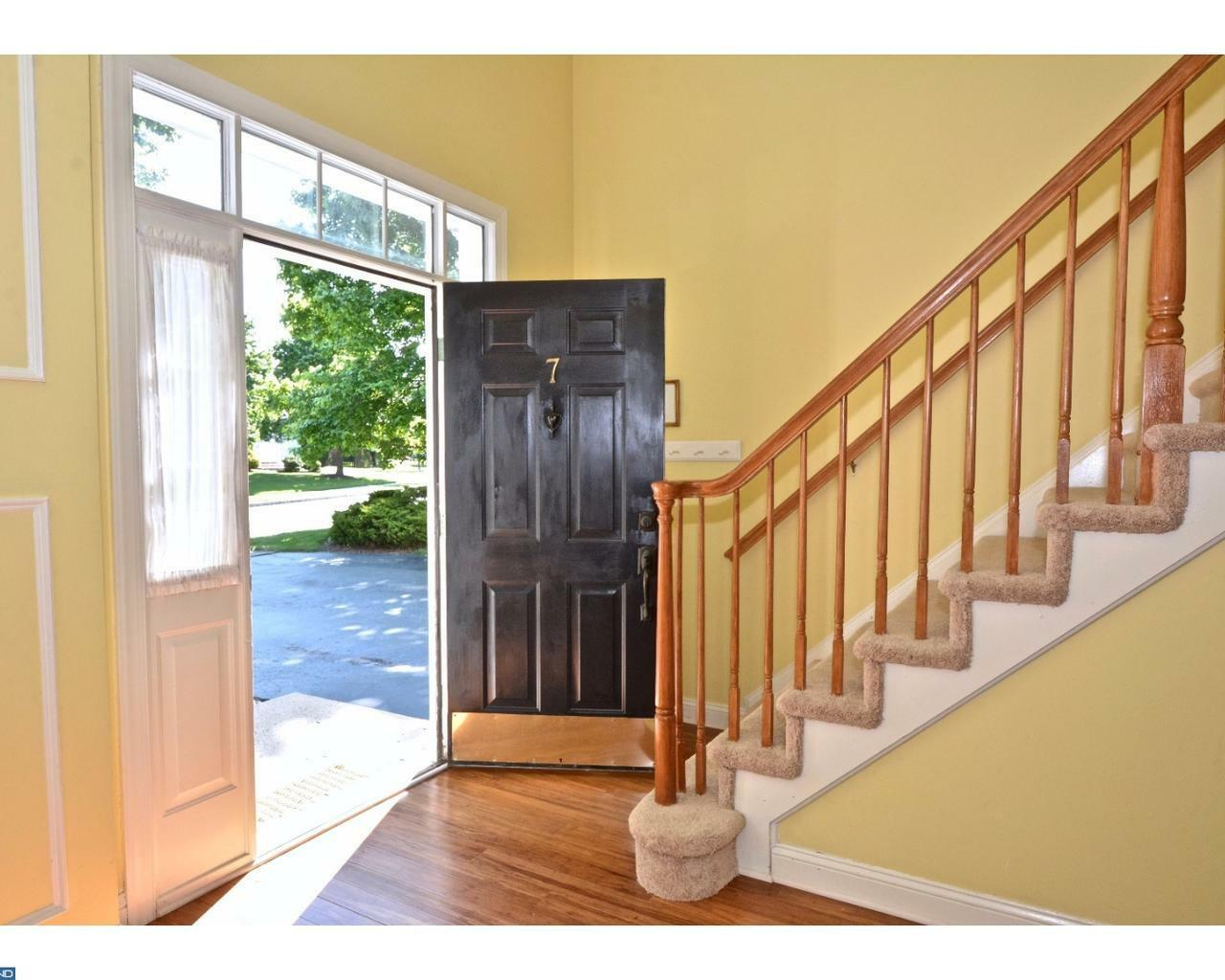 7 Larchmont Ct, Pennington, NJ - USA (photo 3)