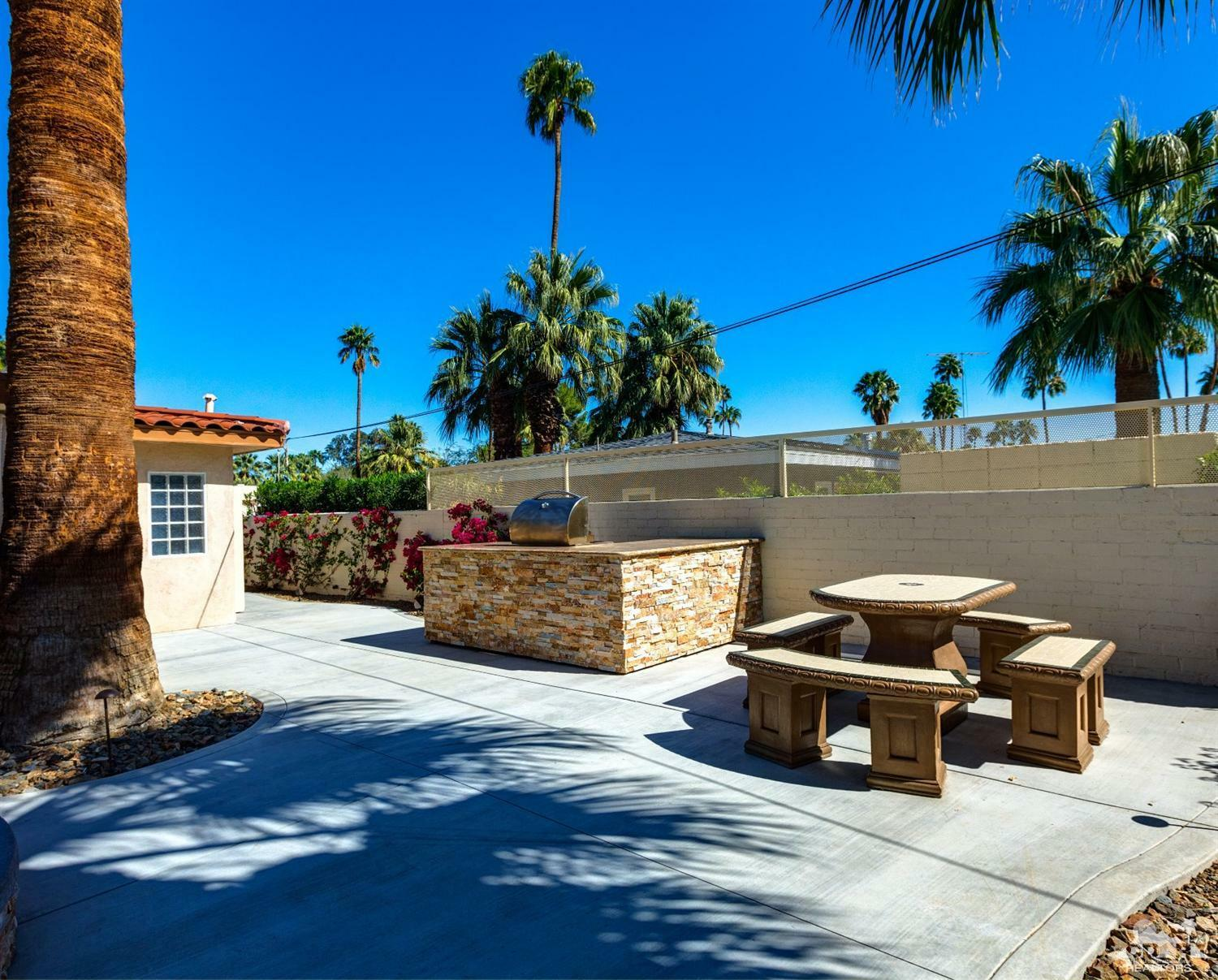 1057 East Marshall Way, Palm Springs, CA - USA (photo 5)