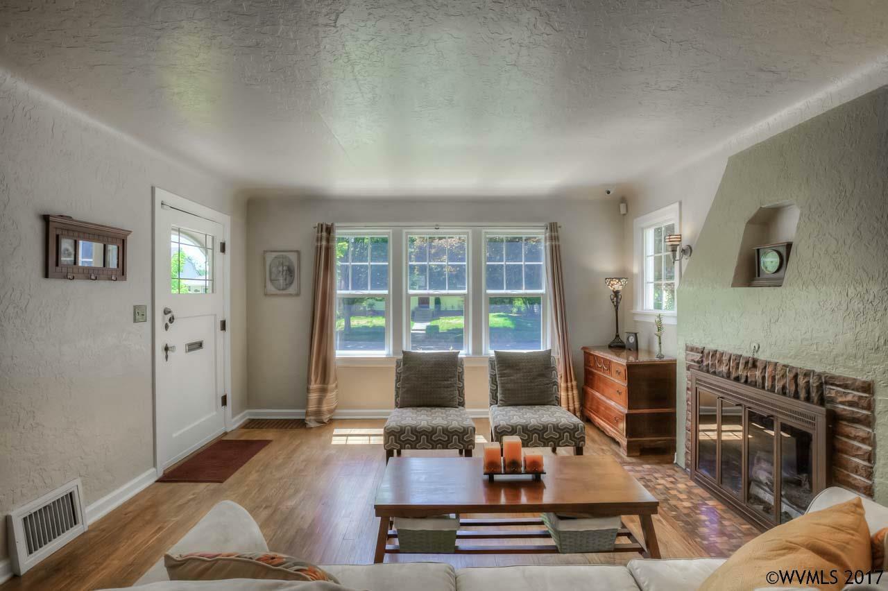 1635 Jefferson St, Salem, OR - USA (photo 5)