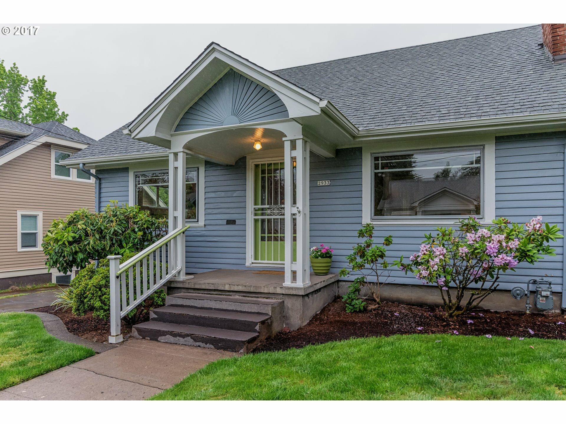 2933 Ne 38th Ave, Portland, OR - USA (photo 2)