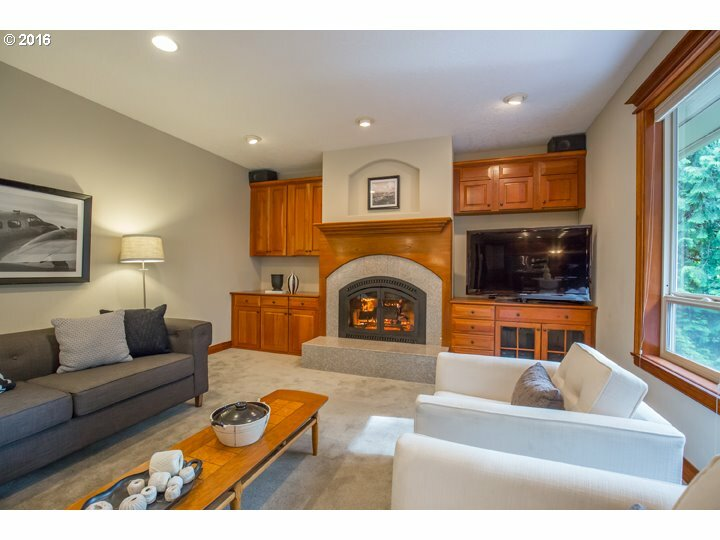 7240 Nw Summitview Dr, Portland, OR - USA (photo 2)
