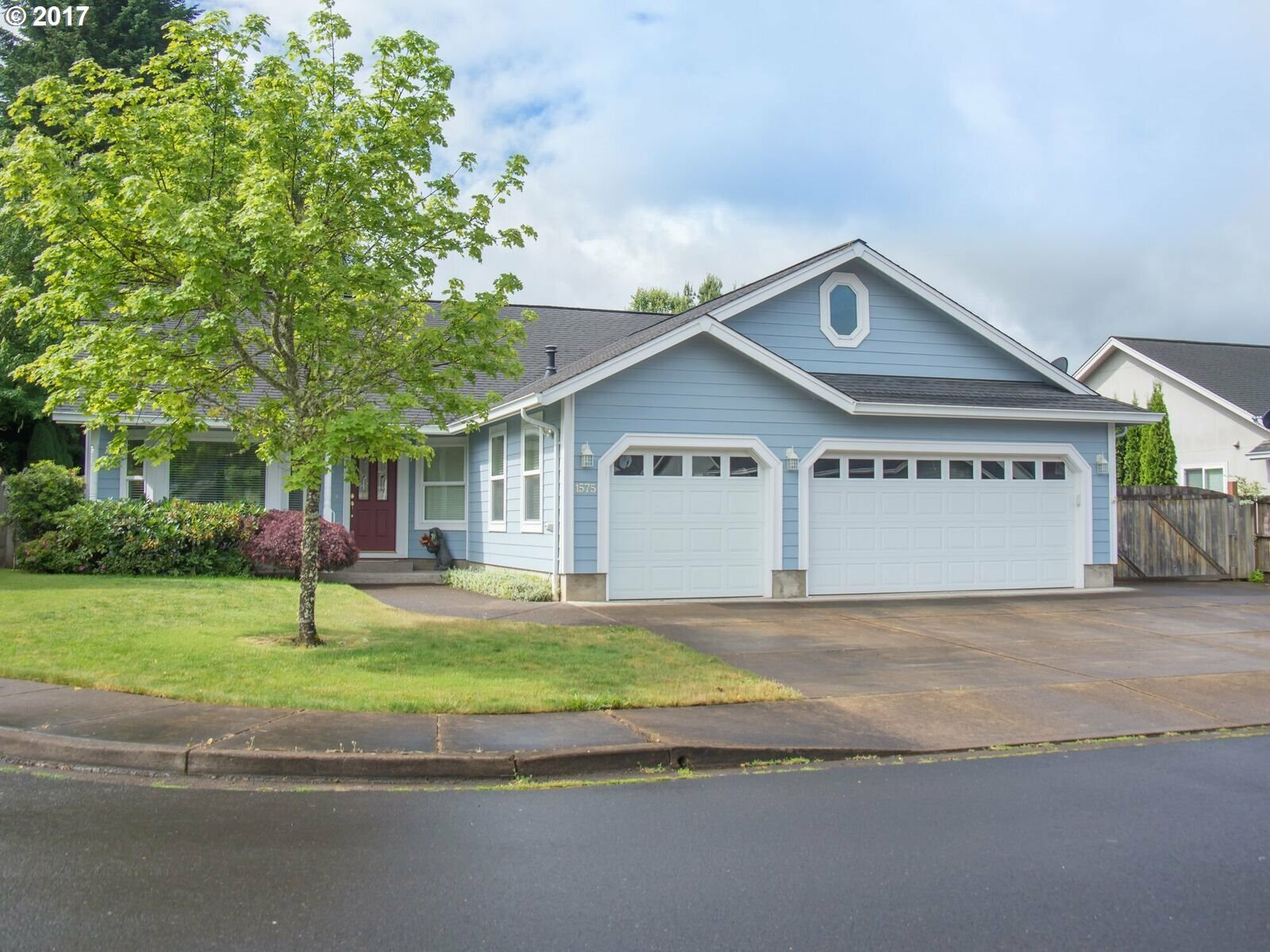 1575 Fairview Pl, Cottage Grove, OR - USA (photo 1)