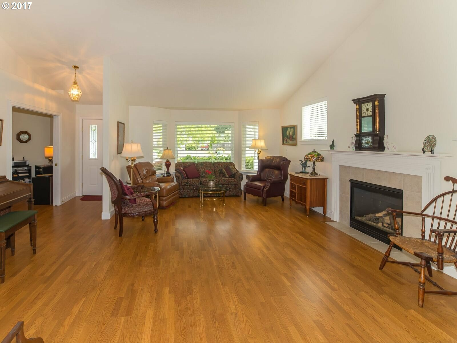 1575 Fairview Pl, Cottage Grove, OR - USA (photo 5)