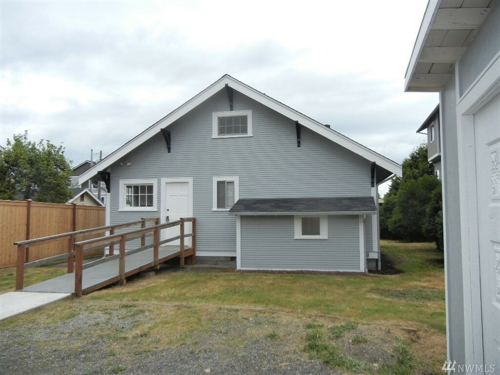 4011 S Puget Sound Ave, Tacoma, WA - USA (photo 2)