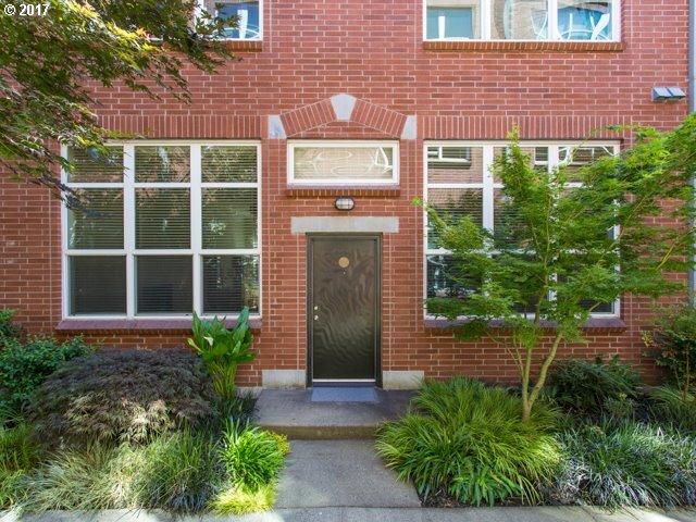 1009 Nw Hoyt St 104, Portland, OR - USA (photo 1)