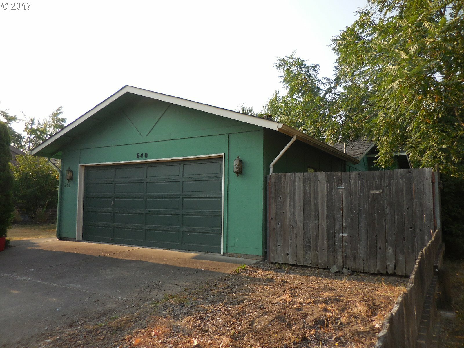 640 W 19th Ave, Eugene, OR - USA (photo 1)