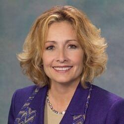 Pam Weaver, Broker in Peoria, Jim Maloof Realtor