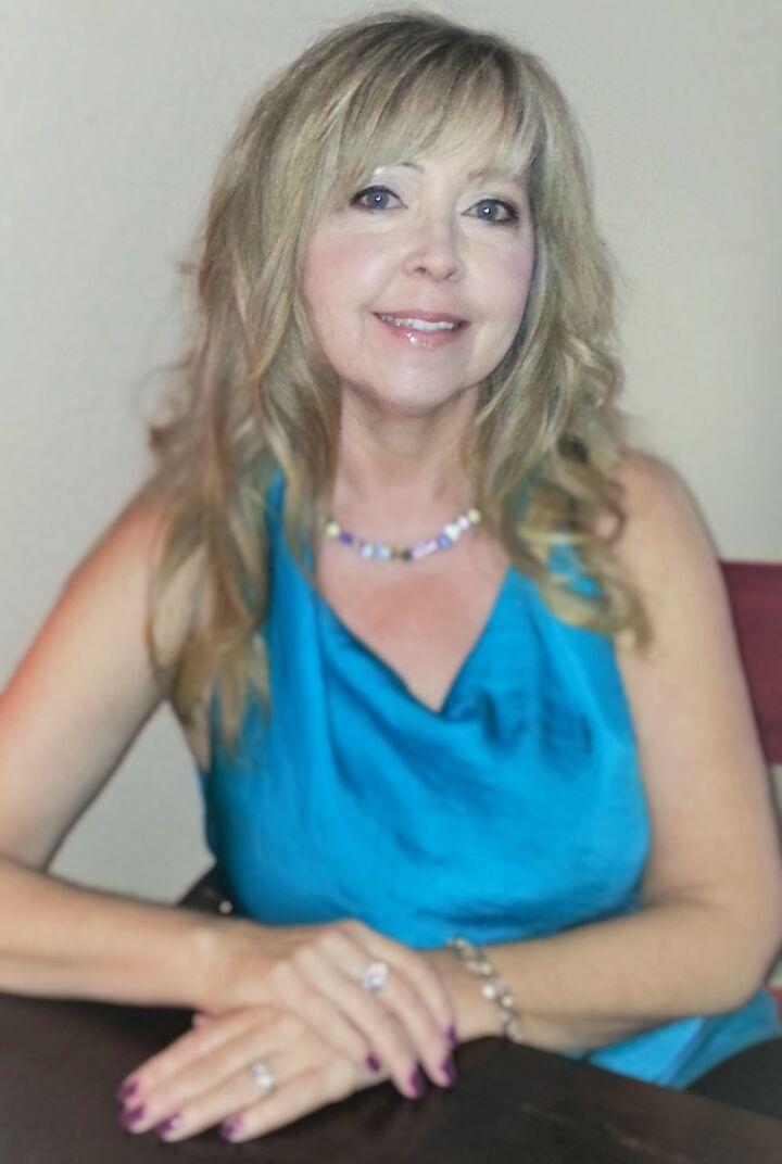 Amber Smith, Realtor in Yuba City, Intero Real Estate