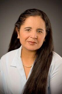 Ann Dhaliwal,  in Cupertino, Intero Real Estate