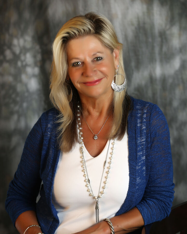 Rachelle Oster