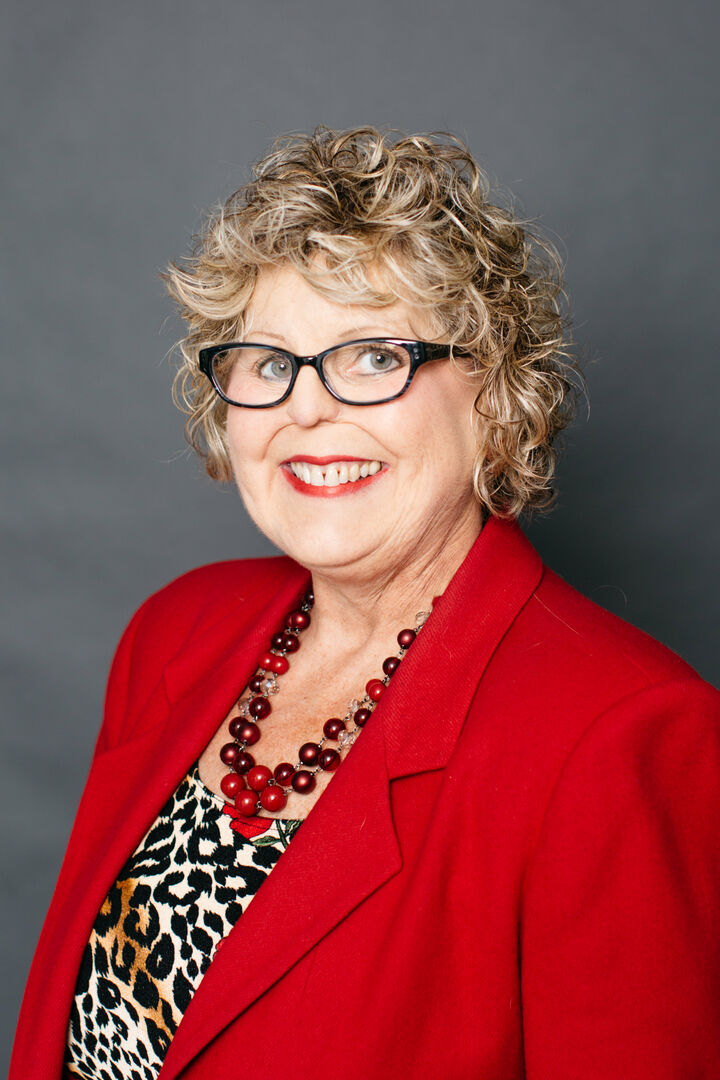 Karen Myhre,  in San Carlos, Intero Real Estate