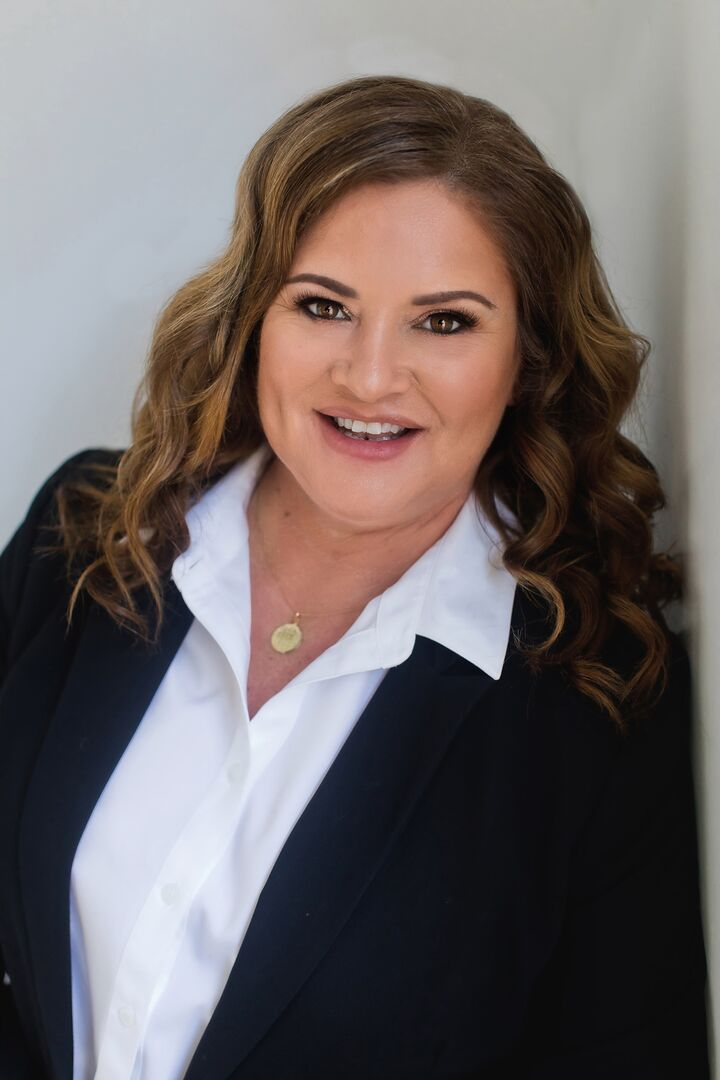 Angela Martinez,  in Brentwood, Dudum Real Estate