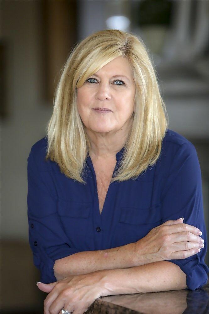 Sue Buzzetta,  in Hollister, Intero Real Estate